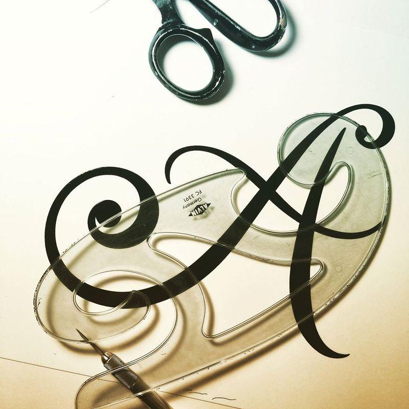 Lettering_Design_By_Hand_at_Work_Iskra